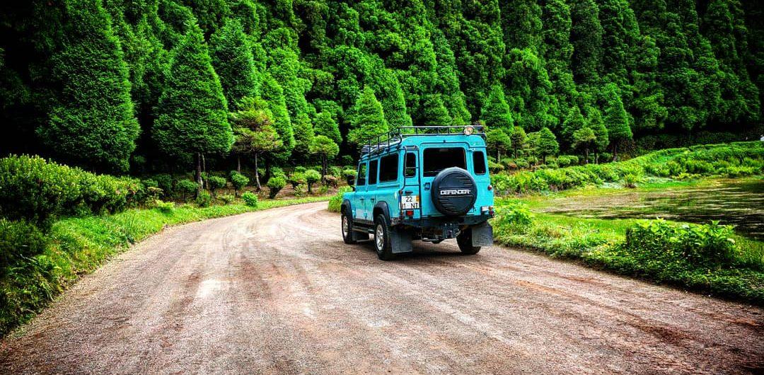 Jeep tour in empadadas lagoon in azores